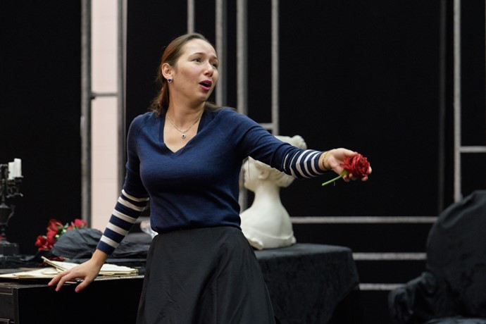 Gulnara Shafigullina in rehearsals for La traviata. Scottish Opera 2017. Credit Jane Hobson. (3).jpg