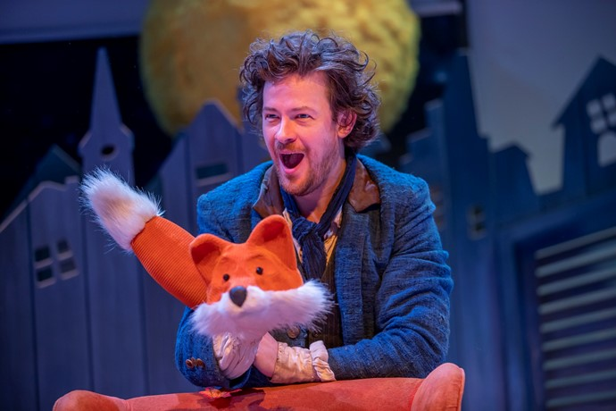 Daniel Keating-Roberts in Fox-tot! Credit James Glossop (4).jpg